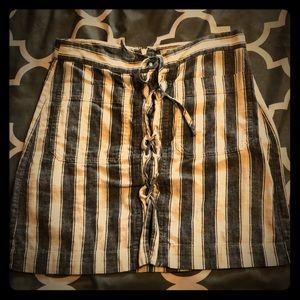 Worn twice! Madewell linen blend mini skirt!
